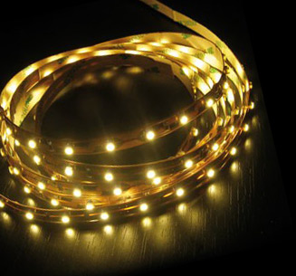 LED pásek 3528 60 LED/m voděodolná 12V 4,8W teplá bílá 5cm