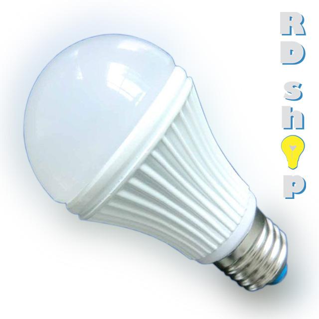LED žárovka E27 230V 3W studená bílá