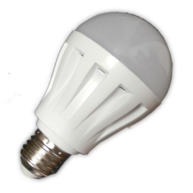 LED žárovka 7W BULB E27 230V teplá bílá